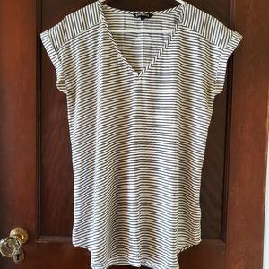 V neck short sleeve blouse